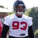 falcons-dt-michael-bennett-breaks-ankle-at