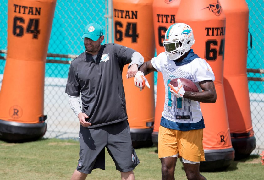Miami Dolphins 2018 training camp report: Day 2...