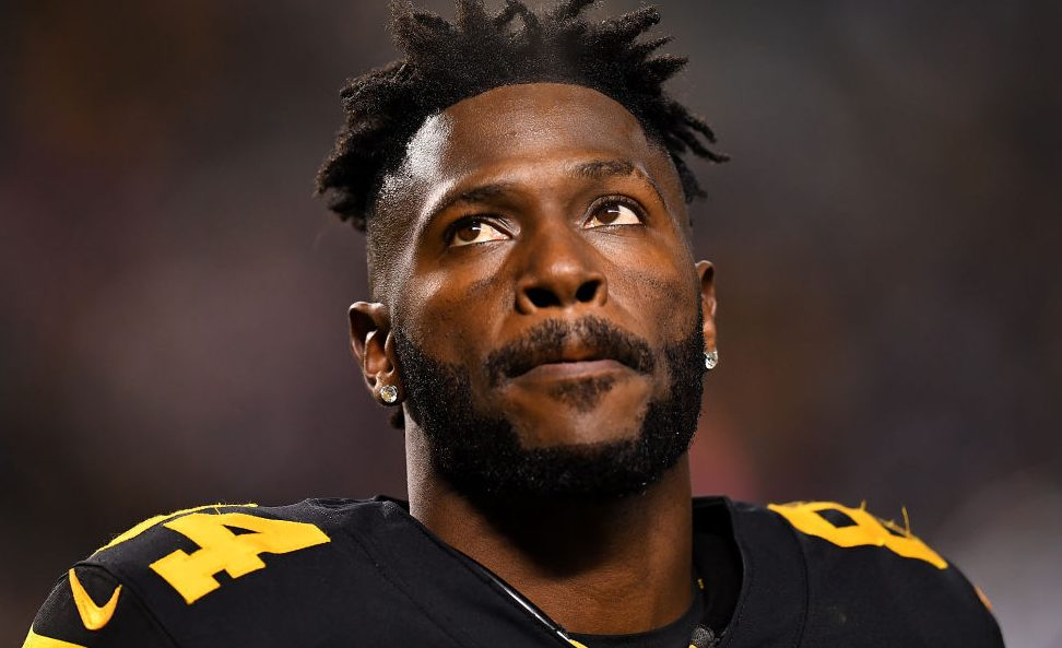 Antonio Brown won't attend Steelers-Patriots,...