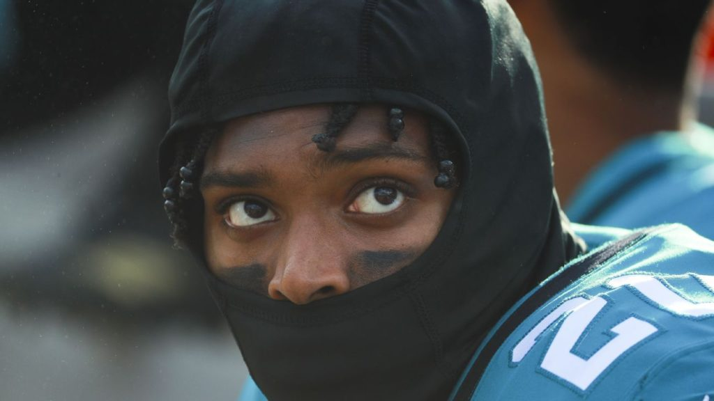 Eagles are looking into Jalen Ramsey, but there's...