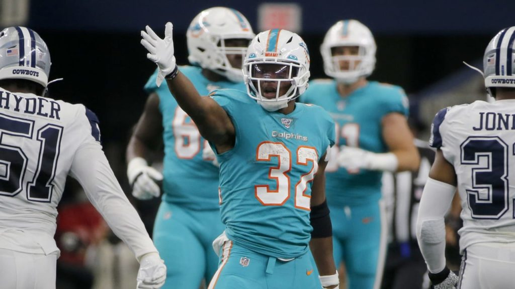 Cardinals Make Trade For Dolphins Running Back...