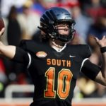 Justin Herbert helps draft cause with Senior Bowl...