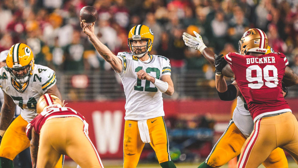 How Aaron Rodgers and Packers Are Keeping Defenses...