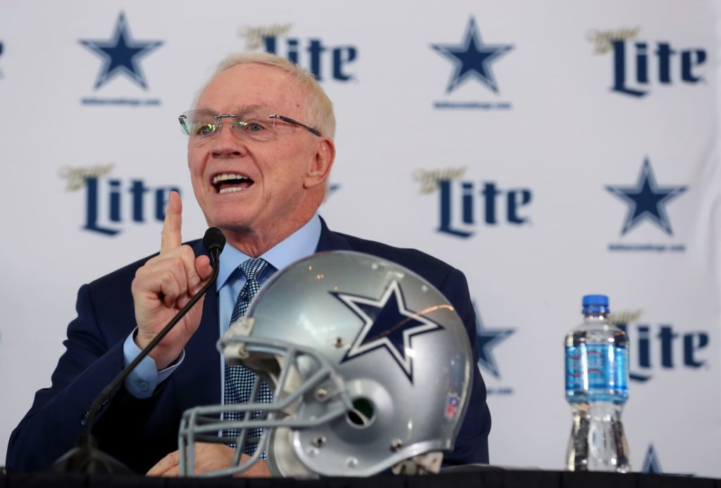 Peter King pegs Dallas Cowboys as NFC East...