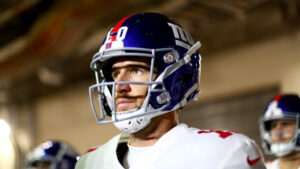 Retired Giants QB Eli Manning wins 2020 PFWA Good...