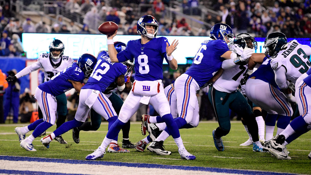 This is what Daniel Jones can learn from Tom Brady