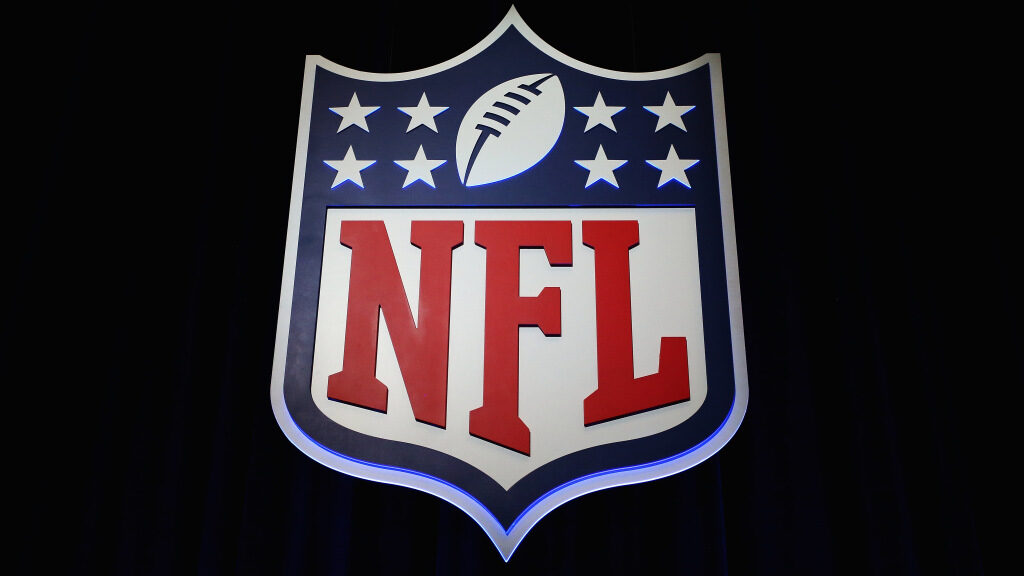 Dr. Fauci, the NFL and players' union weigh in on...