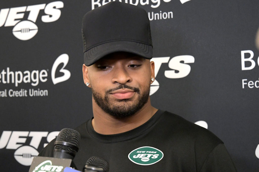 Irritated Jamal Adams takes another contract shot...