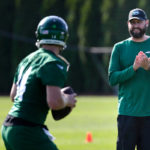 Jets will skip minicamp amid NFL return...
