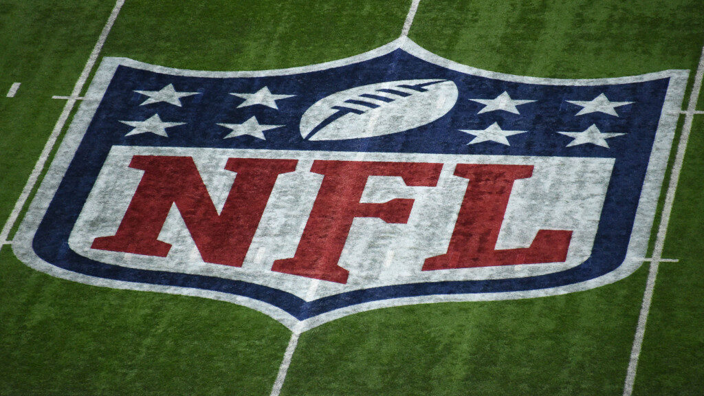 NFLPA urges players not to practice together due...