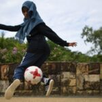 How to do Simple Freestyle Football Tricks