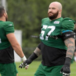 Jets release veteran guard Brian Winters