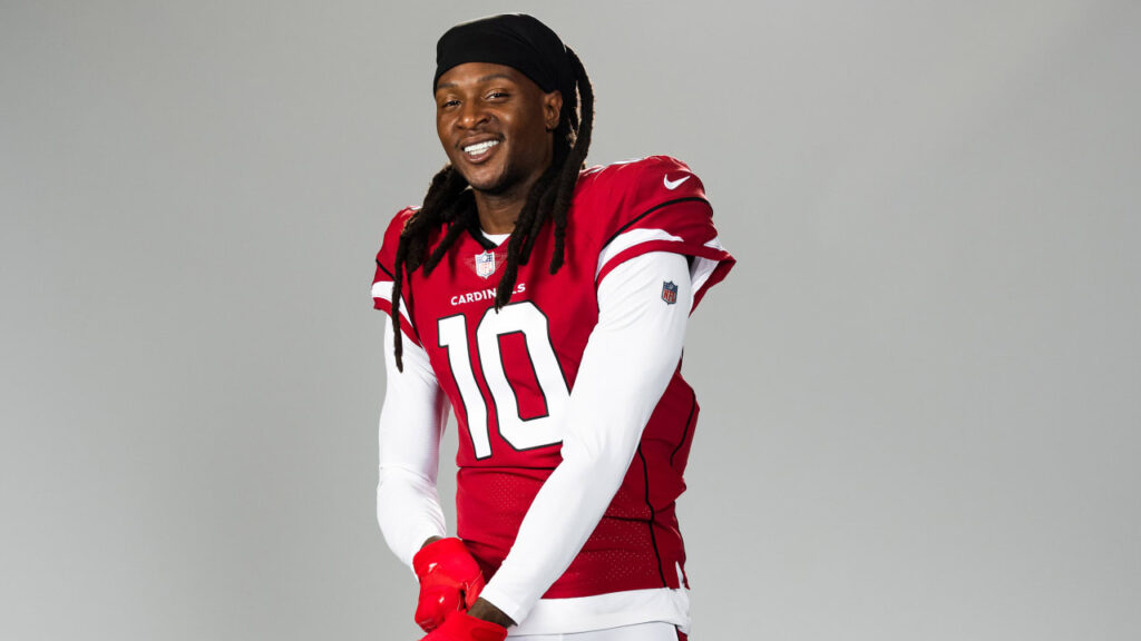 DeAndre Hopkins Pushing Hard To Learn Cardinals'...
