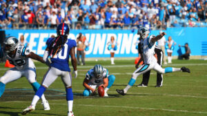 New York Giants officially sign Graham Gano, place...