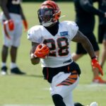 Joe Mixon hopes to play rest of career with Joe...