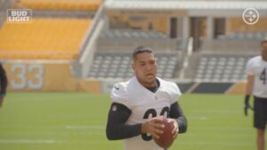 Tomlin Says Conner Is Team's Unquestioned Bell Cow...