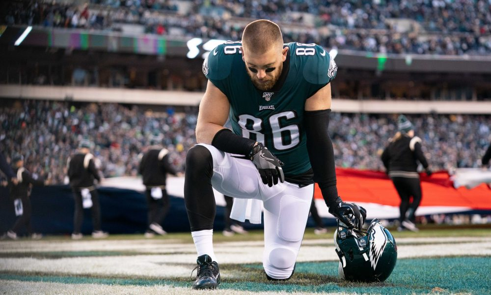 Eagles and Star TE Zach Ertz Break Off Contract...