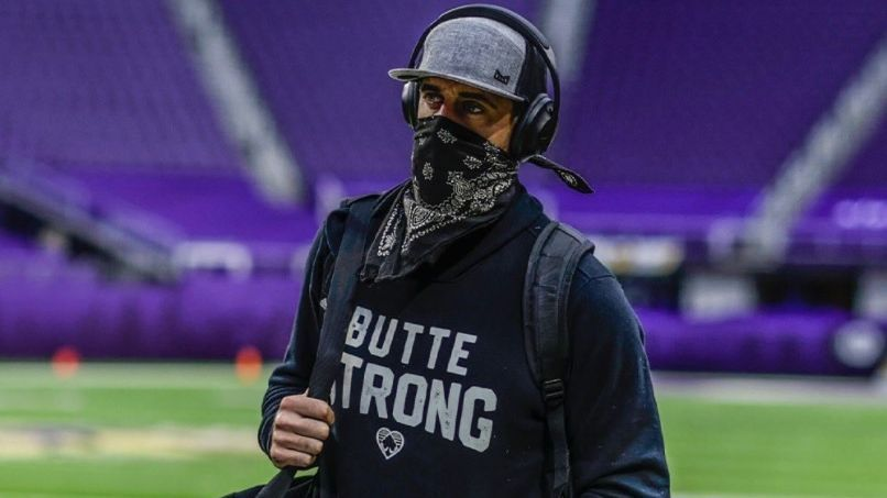 NFL Week 1 arrivals - Best entrances, outfits and...