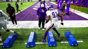 Yannick Ngakoue Motivated by Past Greats