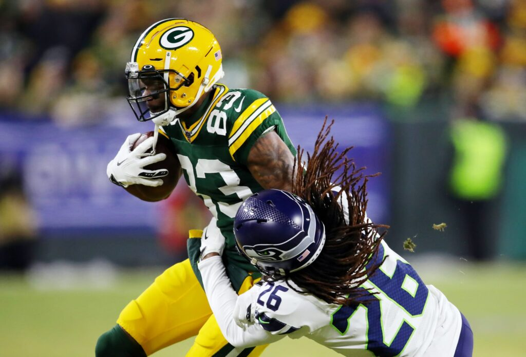 5 breakout fantasy football stars to pick up for...