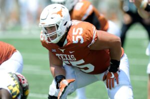 Is it time to shift Connor Williams outside?