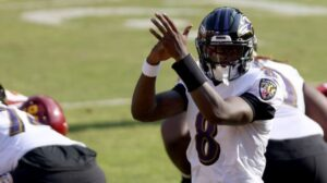 Report: Lamar Jackson is expected to play