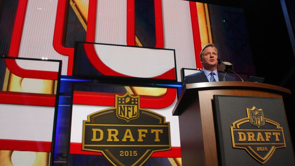 Giants would select third in 2021 NFL Draft if...