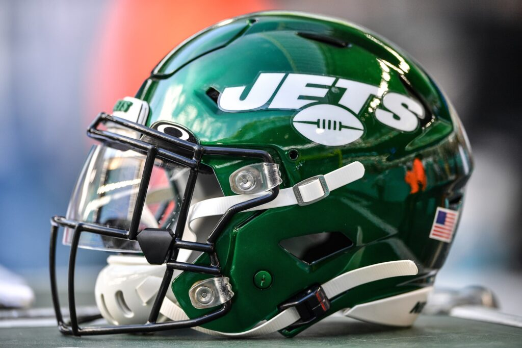 Patriots fans have to laugh at new Jets hidden...