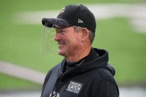 Mike Zimmer gives hilarious answer on special...