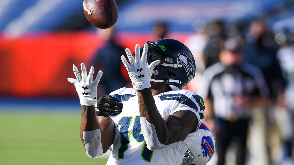 10 best photos from Seahawks at Bills Week 9