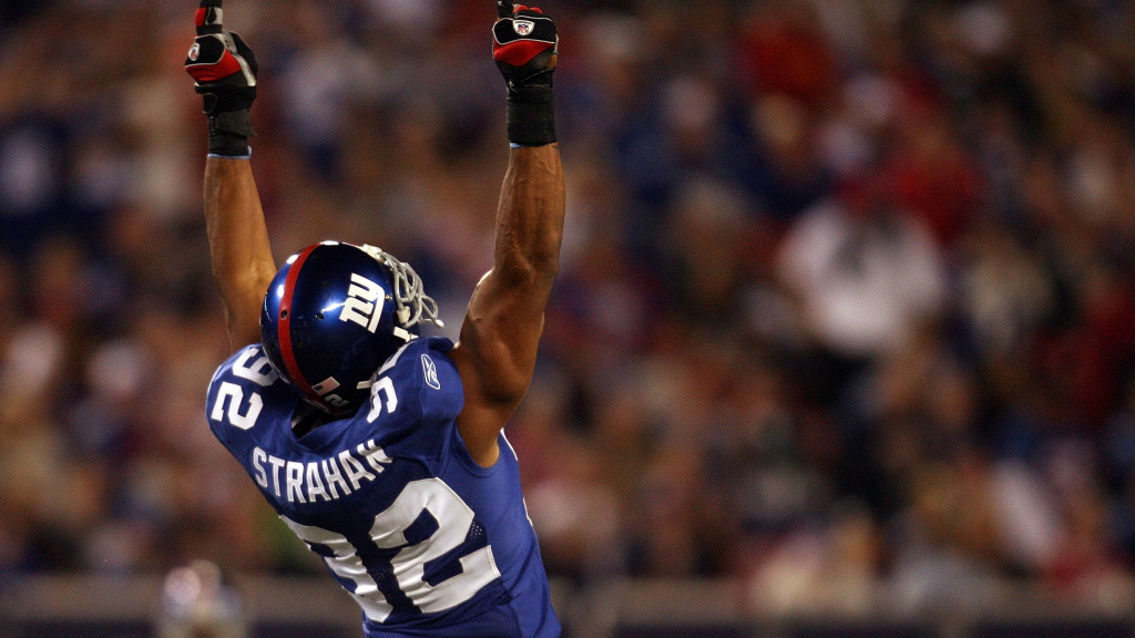Michael Strahan is Giants' 2020 Salute to...