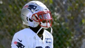 Source -- New England Patriots to activate RB Sony...