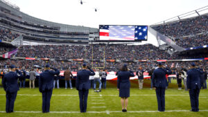 Bears pay tribute to veterans as part of Salute to...