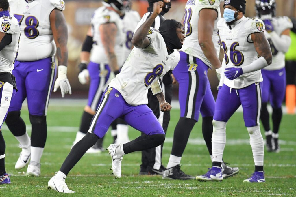 Ravens win over Browns to pretty much boot Pats...