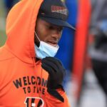 Joe Mixon won't return this week but could return...