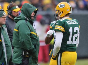 Aaron Rodgers success a thorn in Dallas Cowboys...