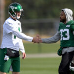 sam-darnold-jamal-adams-jets-support-trade.jpg