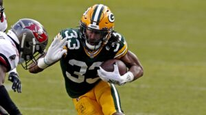 No franchise tag for Aaron Jones
