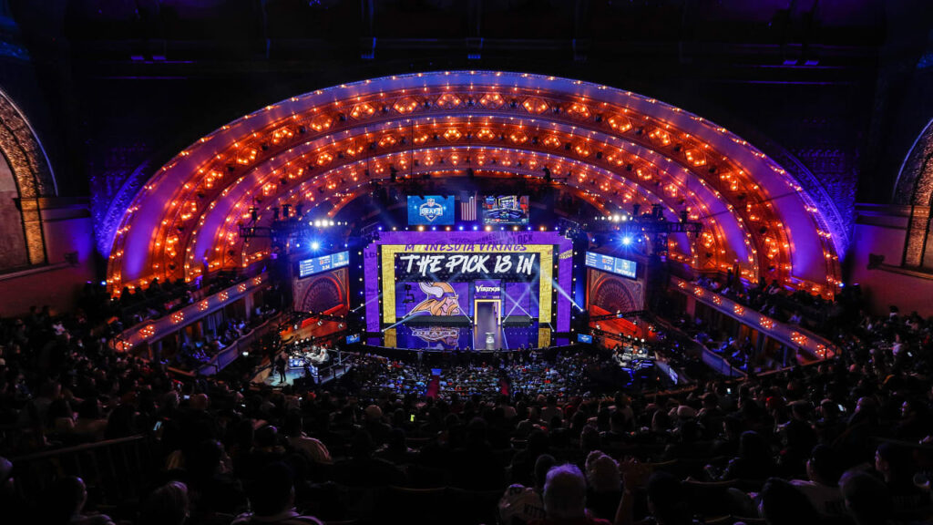 NFL Draft Experts Evaluate 5 Scenarios for Vikings...