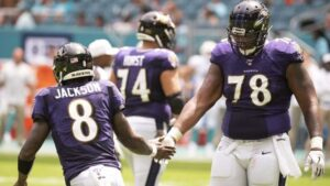 Orlando Brown completes Kansas City Chiefs'...