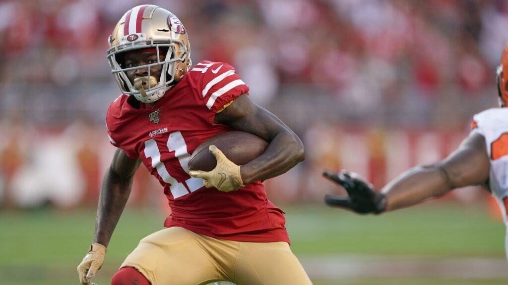 Chicago Bears sign wide receiver Marquise Goodwin...
