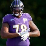 Chiefs shipping first-round pick, 3 others to...