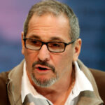 Giants' Dave Gettleman open to trading back, says...