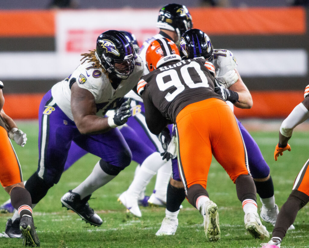Ravens, Browns Need Help in Trenches; Steelers...