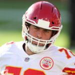 colts-sign-former-chiefs-left-tackle-eric-fisher