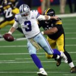 dallas-cowboys-need-to-bring-in-another-backup