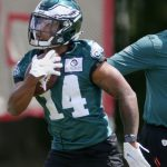 Kenneth Gainwell signs rookie deal with the...