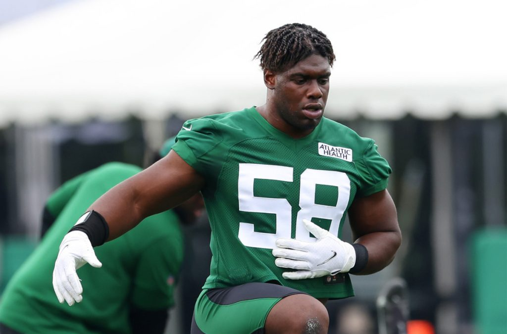 Jets' Carl Lawson is unstoppable at training camp
