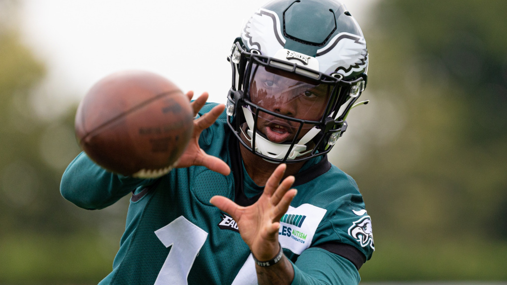 Eagles stock report: 13 players who are rising or...