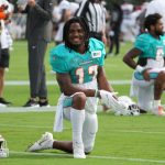 miami-dolphins-jaylen-waddle-shows-rare-talent